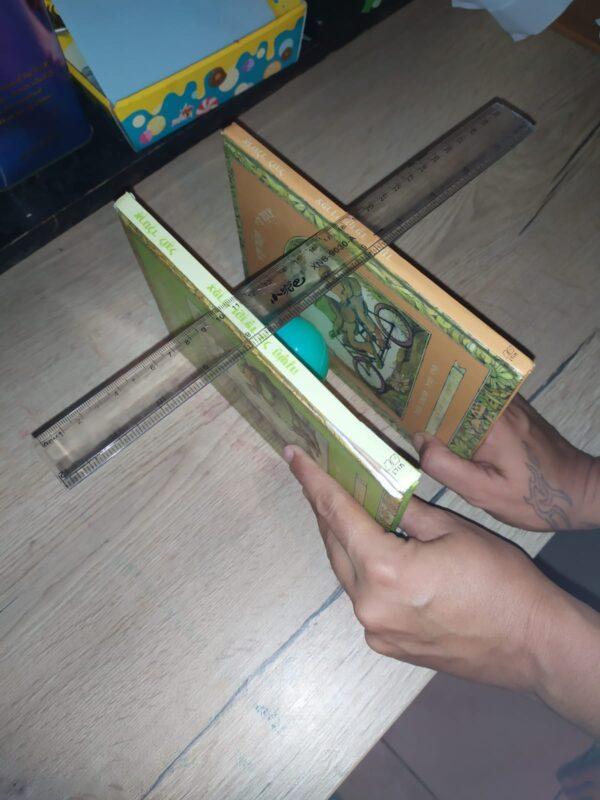 מדידה באמצעות ספרים וסרגל